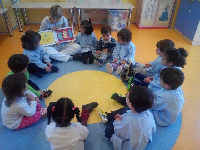 Niños en un centro de Educación Infantil