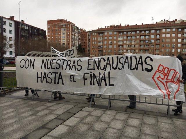 Burgos: Pancarta de apoyo a los acusados por Gamonal
