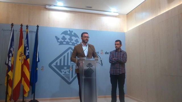 Alcalde de Palma, José Hila, junto al regidor de Movilidad