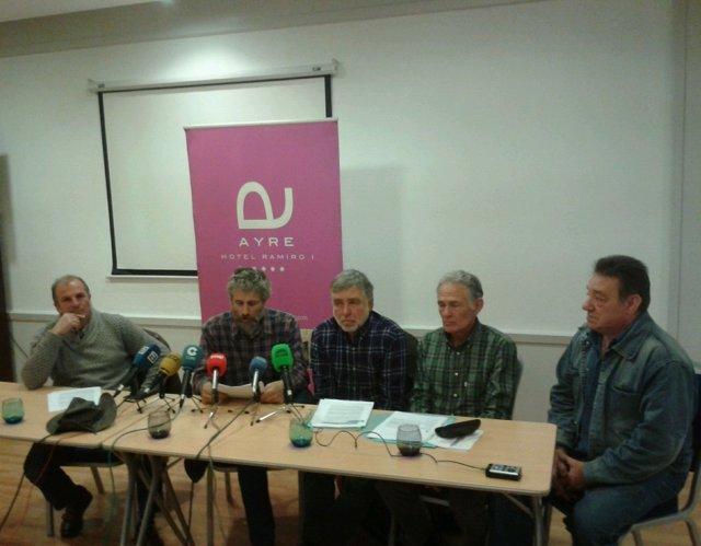 Rueda de prensa de Asturias Ganadera y Usaga sobre el lobo.
