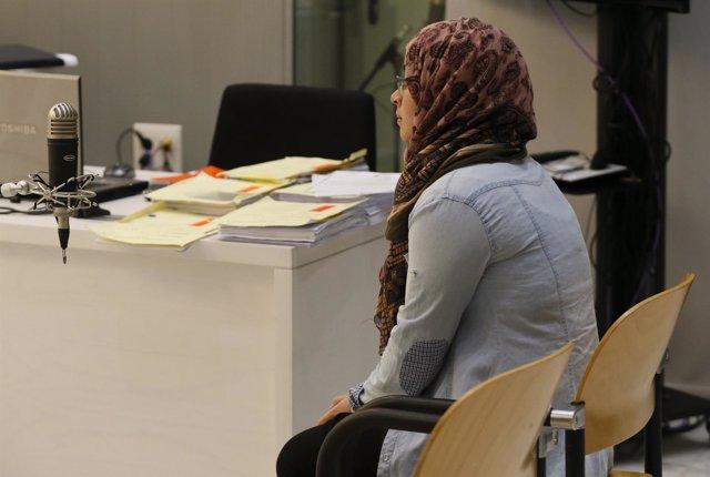 Juicio contra Raja El Aasemy, joven que quería enrolarse en las filas del Daesh