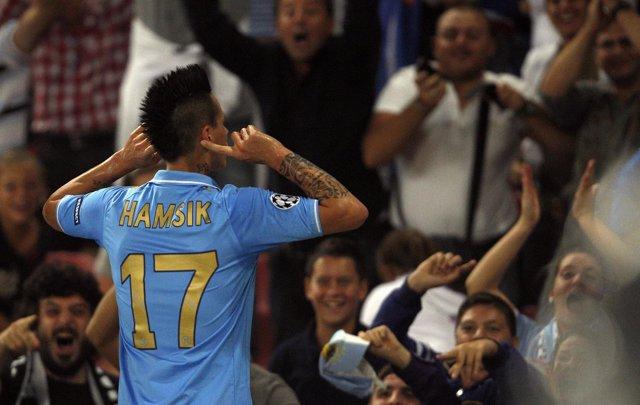 Hamsik Celebra El Primer Tanto Ante El Villarreal