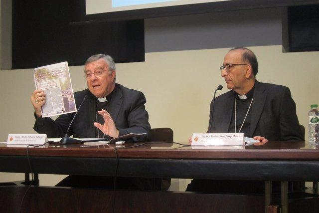 El Obispo Auxiliar S.Taltavull Y El Arzobispo J.J.Omella