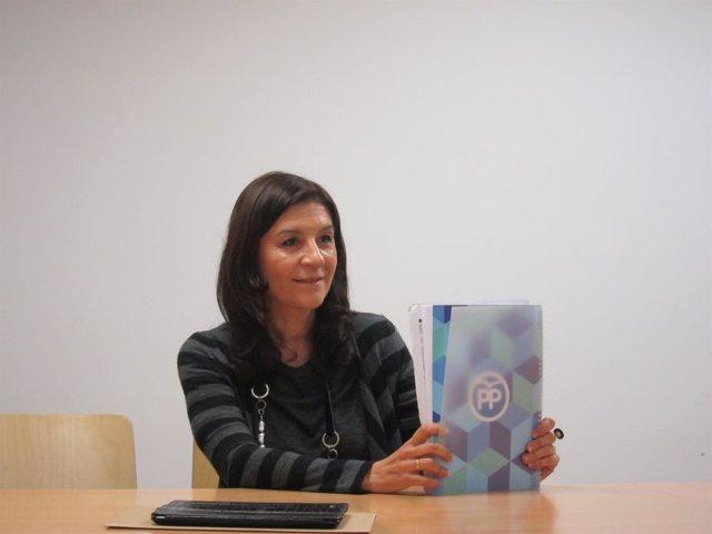 La precandidata a la presidencia del PP de Asturias Carmen Maniega