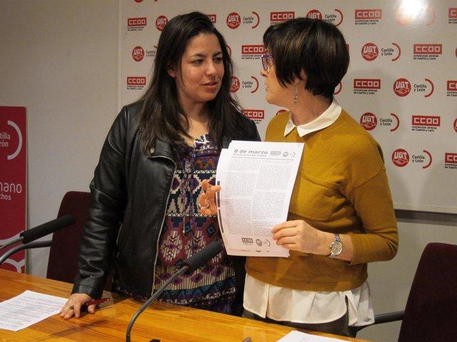 Valladolid. Ana Pérez (Izquierda) conversa con Rosa Eva Martínez (Derecha)