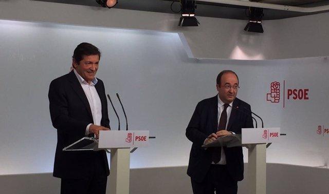Javier Fernández y Miquel Iceta en rueda de prensa en Ferraz