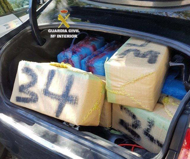 Un detenido en la A-7 con más de 630 kilos de hachís