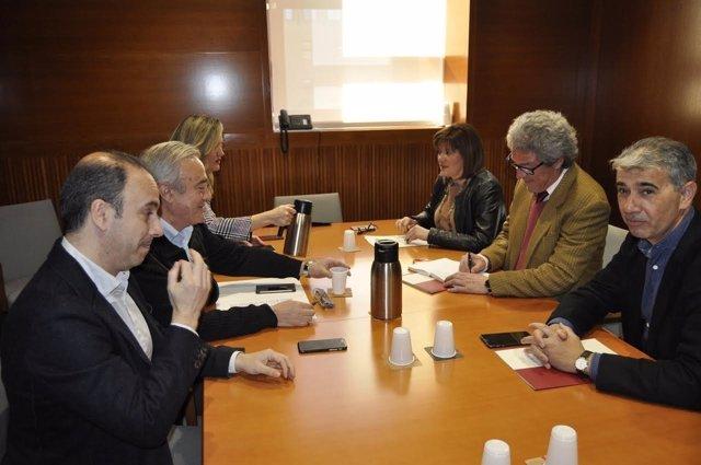 Reunión entre PSOE y CHA