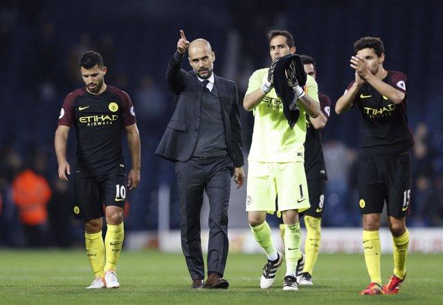 Kun Agüero Pep Guardiola Claudio Bravo Jesús Navas Manchester City