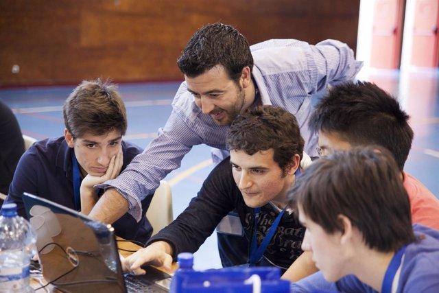 Alumnos participantes en el programa educativo Young Business Talents
