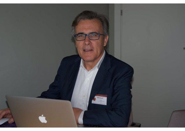 Carlos Solano