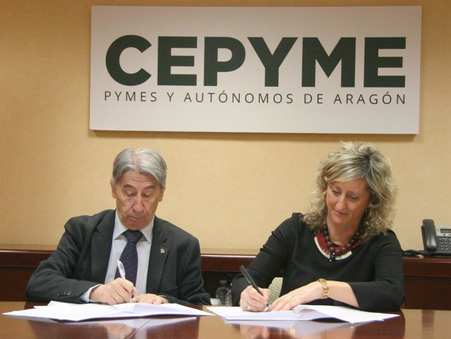 Aurelio López de Hita e Isabel Eguillor firman la colaboración.