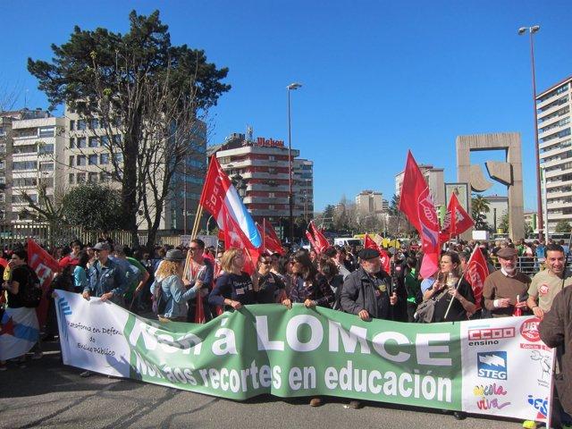 Manifestación contra la Lomce en Vigo
