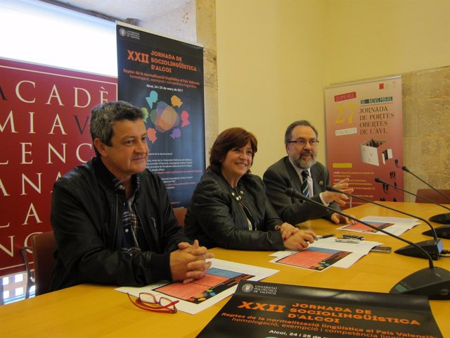 Josep Cortés, Verònica Cantó y Brauli Montoya en la AVL