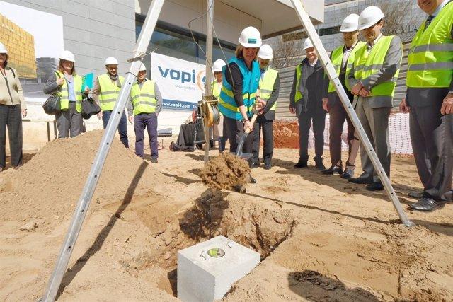 Colocación de la primera piedra del hotel de EasyHotel en L'Hospitalet