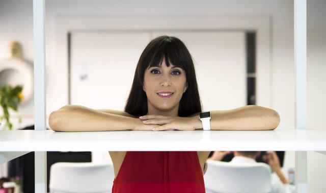 La vídeoblogger Gina Tost