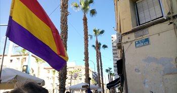Alicante repone la placa de la División Azul, la primera de las 46 calles...