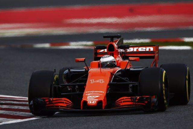Alonso rueda con su McLaren