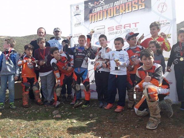 El Campeonato Provincial de Motocross despega en el paraje de Castala.