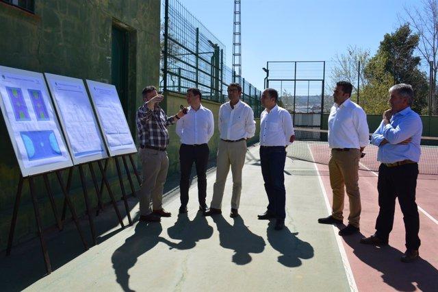 Elías bendodo visita coín pizarra instalaciones deportivas mejora diputación mál