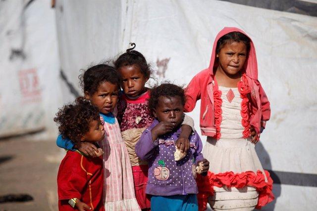 Niños desplazados en Saná