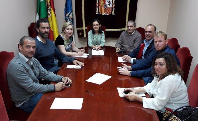 Subdelegada del Gobierno en Huelva se reúne con Consejo de Chiringuitos