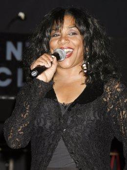 Joni Sledge, componente del grupo Sister Sledge