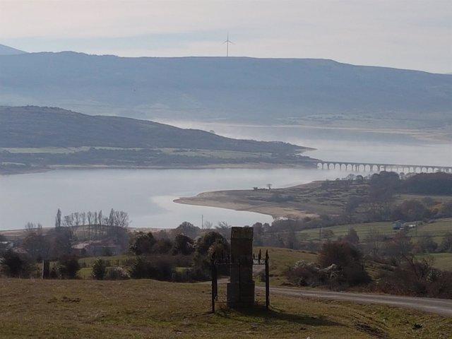 Pantano, embalse del Ebro
