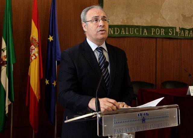 El presidente del Parlamento asiste a los actos organizados por Feder