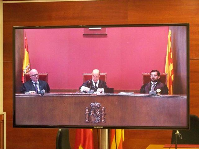 El presidente del TSJC J.M. Barrientos, y los magistrados C.Ramos y E.Rodríguez