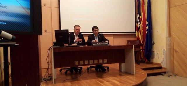 El conseller Iago Negueruela y el director general Llorenç Pou