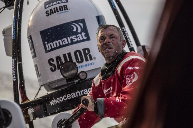 "Rob Greenhalgh a bordo del ""MAPFRE""."