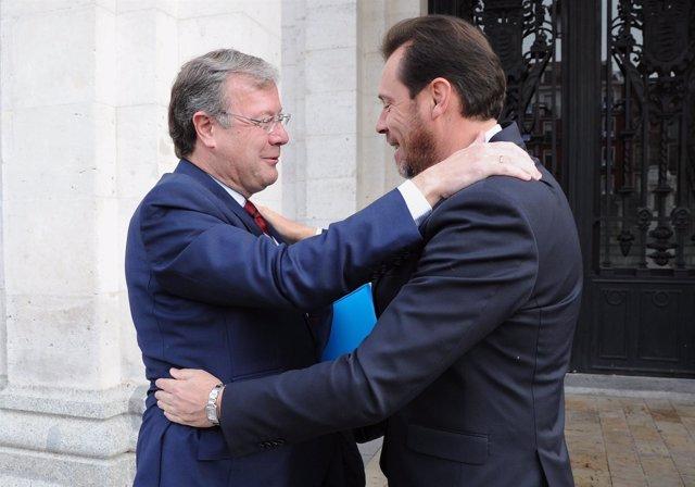 Los alcaldes de León y Valladolid en la visita oficial del primero de ellos