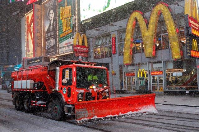 Quitanieves en Times Square (Nueva York)