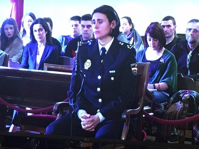 La Inspectora Jefe de la Policía Nacional en Astorga, durante el juicio.