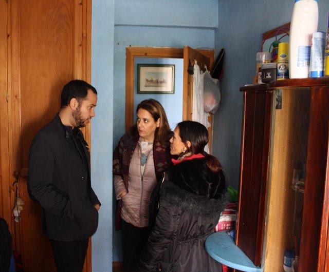 Rojas visita a la familia afectada.