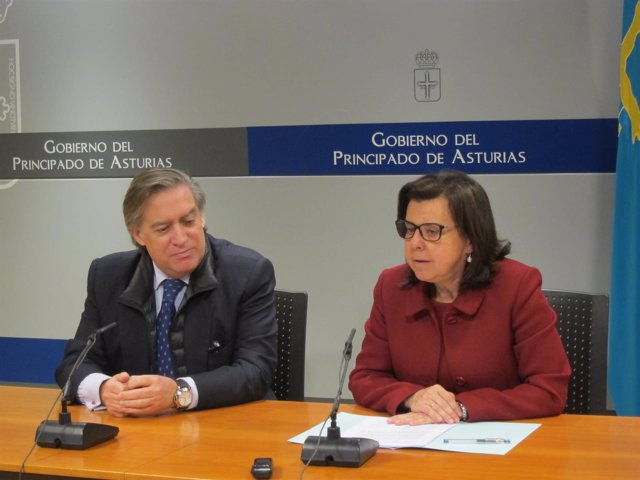 María Jesús Álvarez y Alberto López-Asenjo.