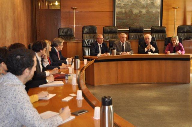 Reunión de Álvarez Areces con el grupo parlamentario del PSOE en Aragón