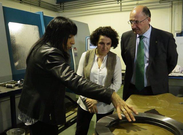 Ainhoa Aizpuru visita la empresa Zorrotz