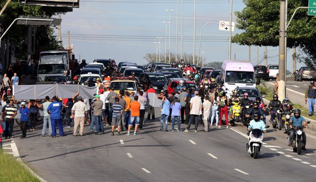 Manifestantes contra la reforma de las pensiones en Sao Paulo