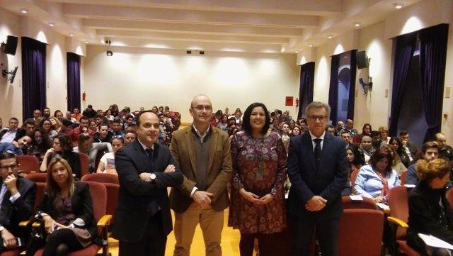 Autoridades durante la inauguración del encuentro