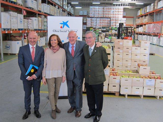 Valladolid. Representantes del Banco de Alimentos y La Caixa