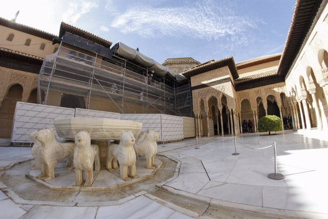 Restauración del Patio de los Leones de la Alhambra