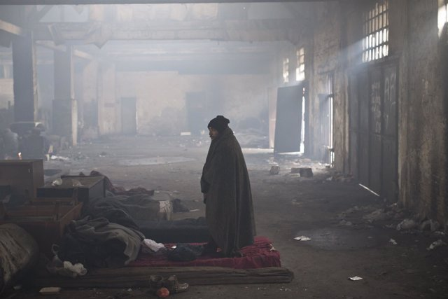 Refugiado en un almacén abandonado en Belgrado