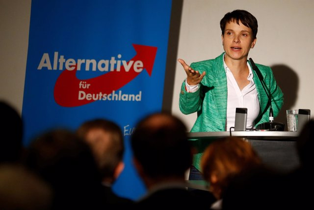 La líder del partido ultraderechista alemán AfD, Frauke Petry