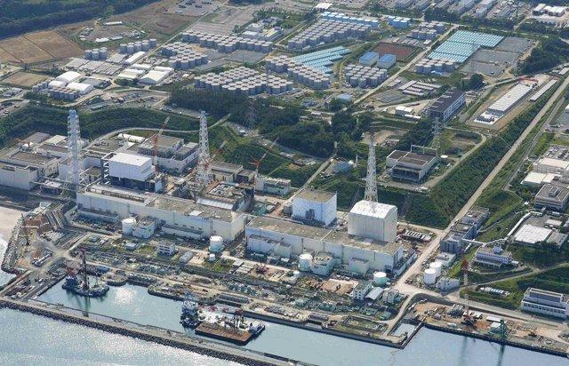 Vista aérea de la planta nuclear de Fukushima en Japón, ago 31 2013