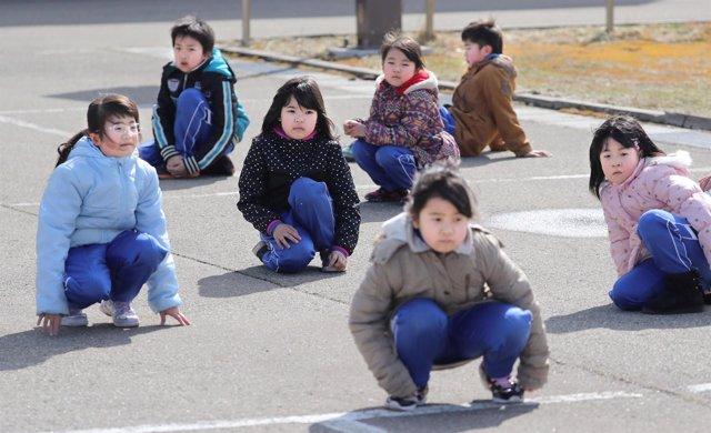 Simulacro de ataque con misiles en una escuela de Japón