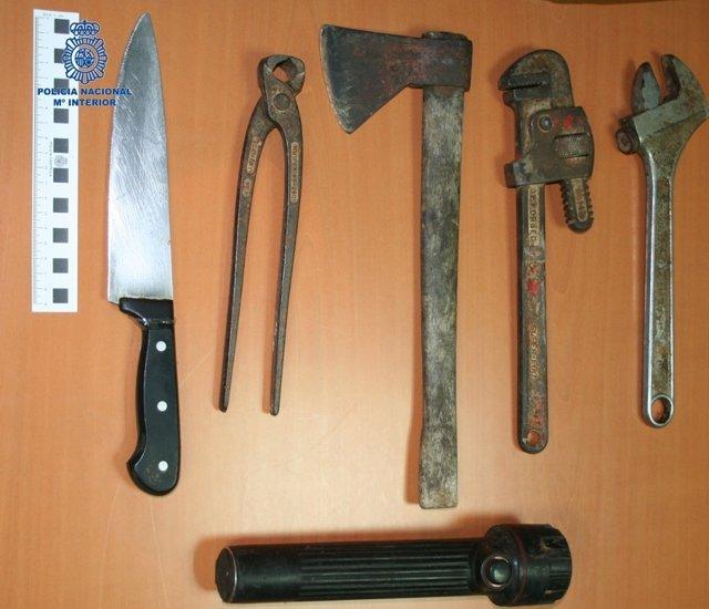 Utensilios utilizados por un atracador