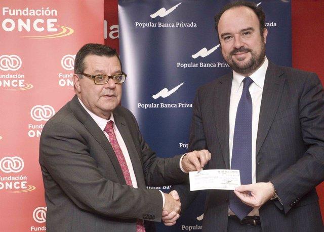 Popular Banca realiza una donacion a Fundacion Once