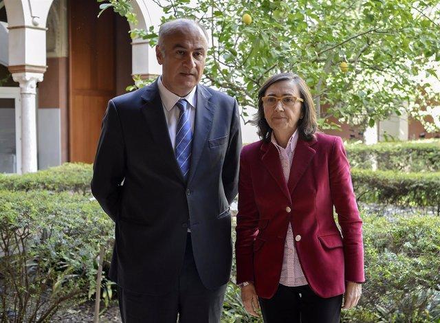 Rosa Aguilar se reúne en Sevilla con el secretario de Estado de Cultura